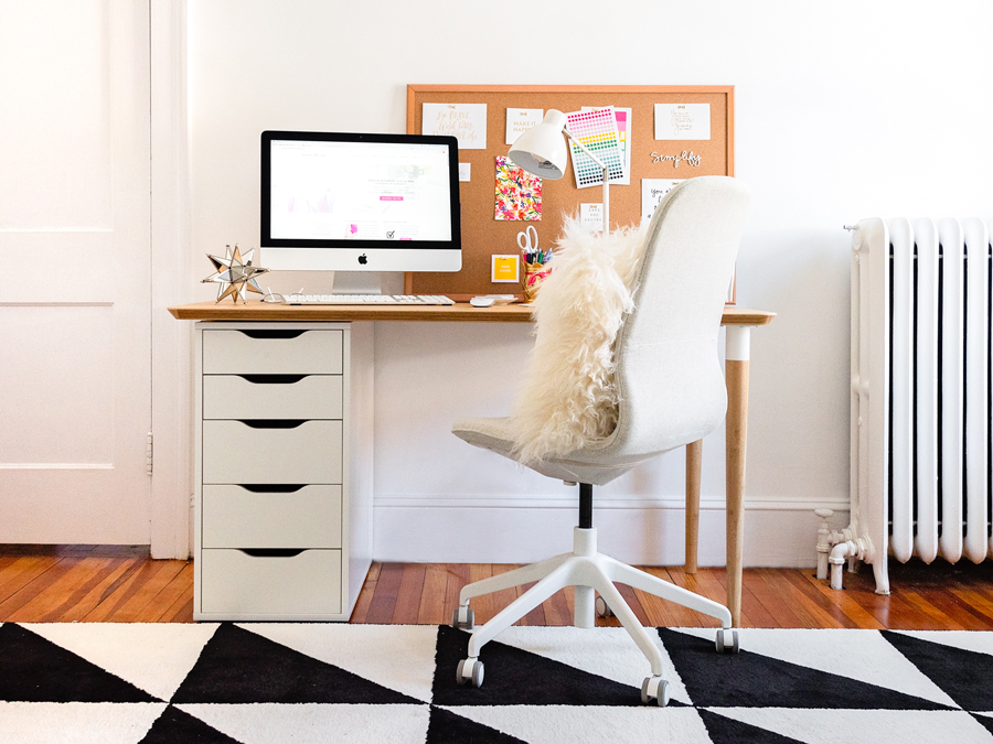 If you take the time to set up your workspace so that it's the perfect space for you, you'll love coming to work every day (even on Mondays)!! Get the how-to tips over on The Productivity Zone!!