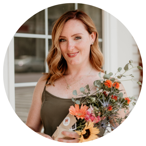 Jessie Donnelly is a hair stylist and podcast host.